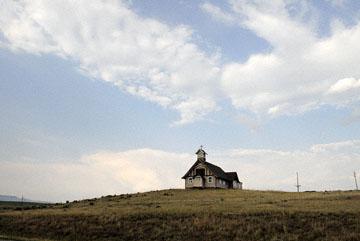 blog TAKE 93 To Yellowstone, 89S, Sky & Church in Ringling_26894-8.4.07.jpg