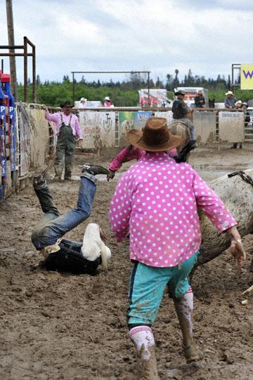 blog 24 D3S Oakdale Rodeo, Bull Riding 2-3, Elliot Jacoby (NS Fredericksburg, TX) 2_DSC5907-4.10.16.(2).jpg