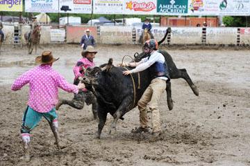 blog 24 D3S Oakdale Rodeo, Bull Riding 2-7, Aaron Russell Willia (? San Luis Obispo, CA) 2_DSC5953-4.10.16.(2).jpg