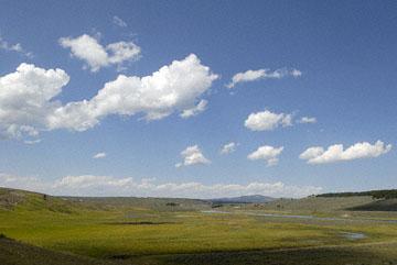 blog TAKE 96 Yellowstone NP, Sky, Hayden Valley 27297-8.6.07.jpg