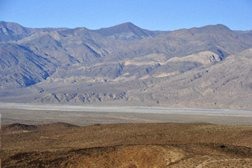 blog 4 Panamint Mountains towards Inyo Mountains, Death Valley, CA_DSC1651-4.1.16.(2).jpg