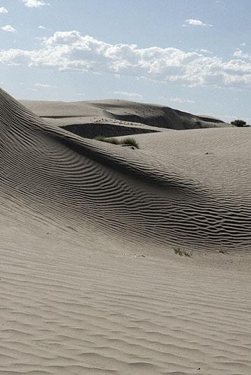 blog TAKE 100 Delta, 93N, Little Sahara, Dune & Sky 27625-8.9.07.jpg