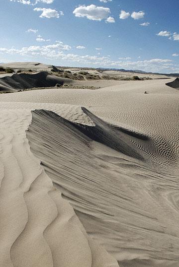 blog TAKE 100 Delta, 93N, Little Sahara, Dune & Sky 27632-8.9.07.jpg