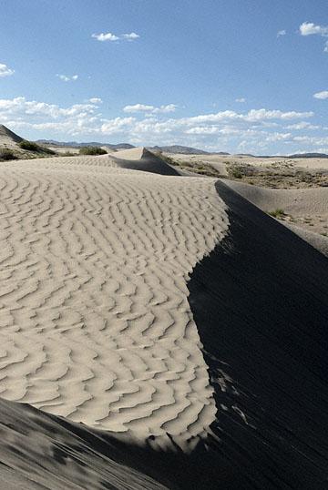 blog TAKE 100 Delta, 93N, Little Sahara, Dune & Sky 27636-8.9.07.jpg