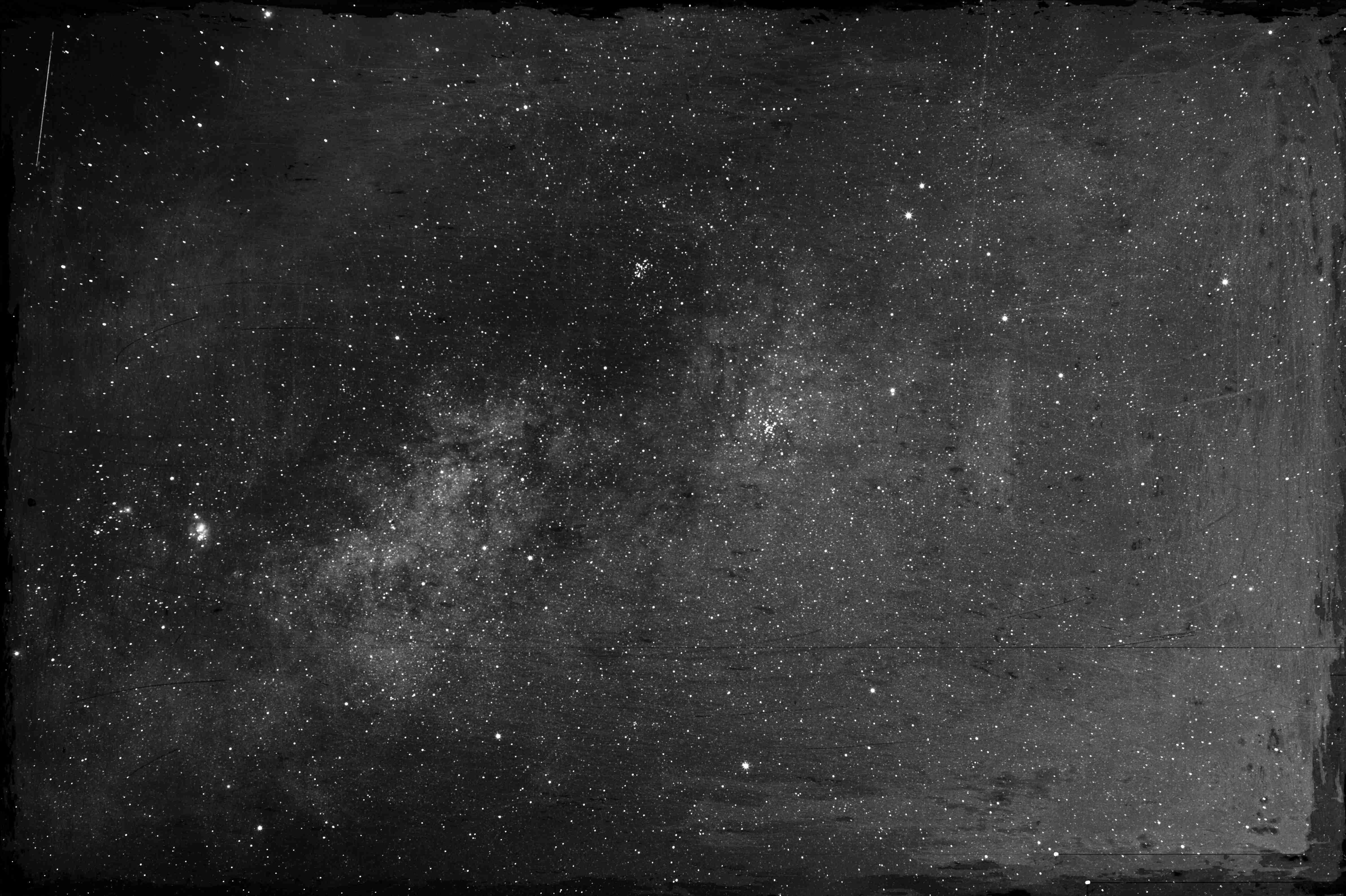 モノクロ天の川