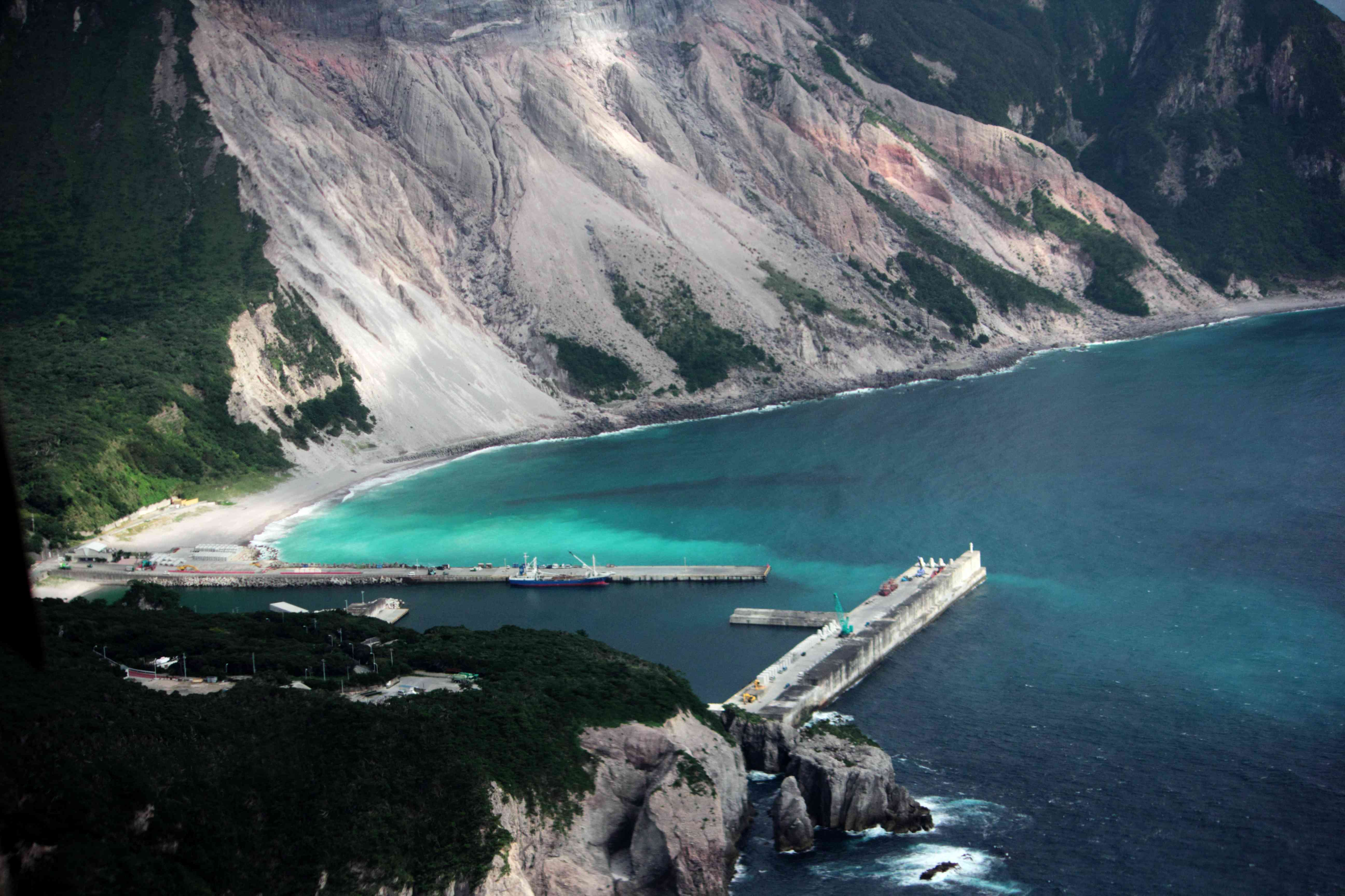神津島のきれいな海