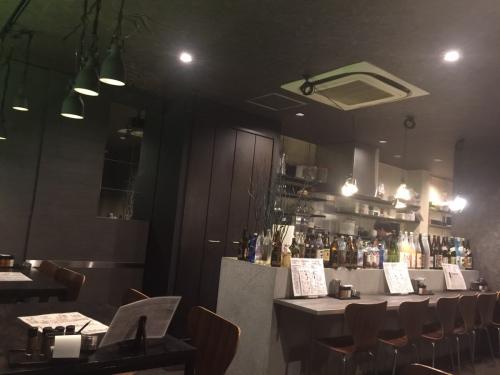 ツルギ大阪通天閣新世界焼き鳥バー