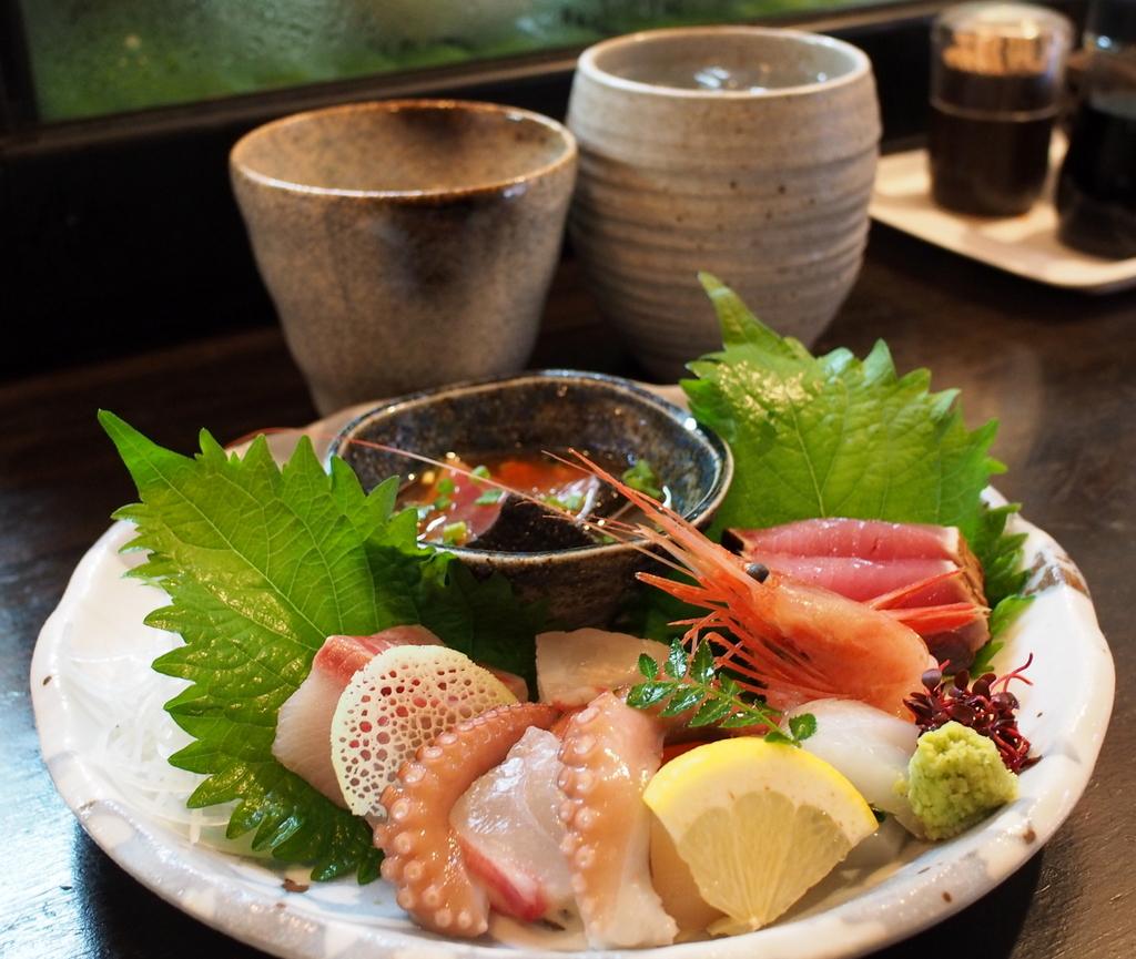 ■ 魚や なべいち