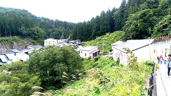 b0909_1515銀山温泉0