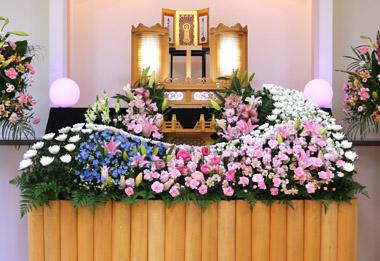 ラナンキュラス ピンク 花祭壇 豊川 花屋 花夢