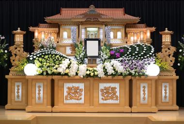 リューココリーネ 花祭壇 豊川 花屋 花夢