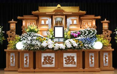 ヒマワリ 花祭壇 豊川 花屋 花夢