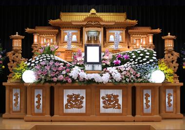 百合 ピンク 花祭壇 豊川 花屋 花夢