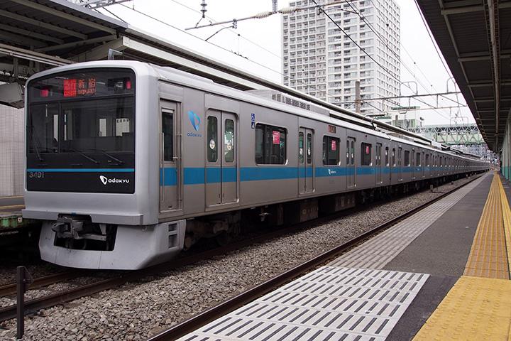 20160410_odakyu_3000_2g-01.jpg