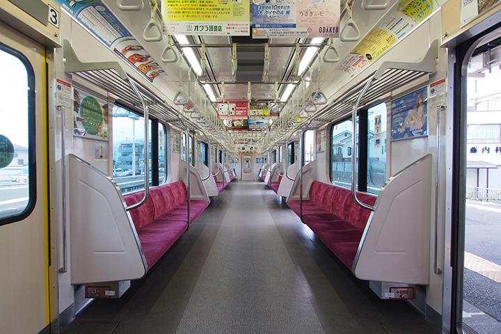 20160813_odakyu_3000-in01.jpg
