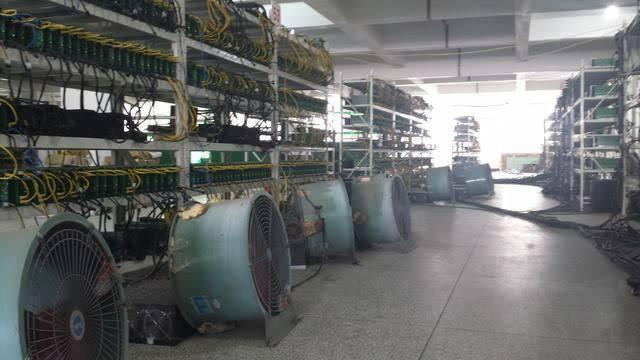 【ビットコイン大暴落】中国のマイニング業者がプラントをたたき売り