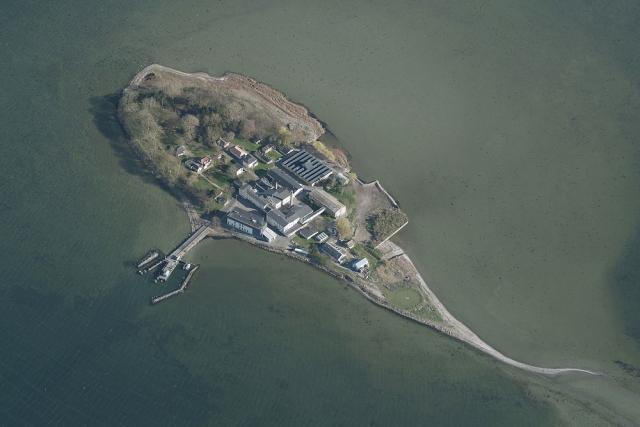 【デンマークの島流し】政府「外国人犯罪者は今後、無人島に収監します」 ⇒ 強制送還を待つ難民と犯罪者もすでに同施設に収監されている模様