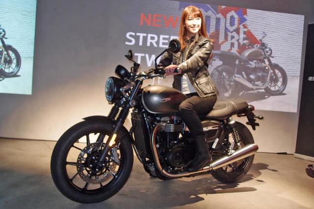 【ダリルのバイクに似てる?】「トライアンフ・ストリートツイン」の2019年モデル登場