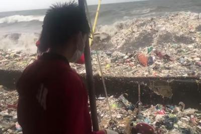 【苦笑】フィリピンのマニラ湾だとか・・・ひどいゴミ!