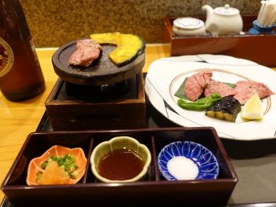 牛の陶板焼きとお寿司の御膳