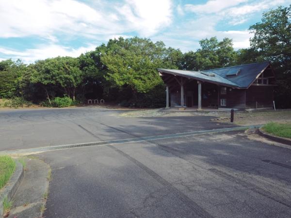 大崎山園地駐車場