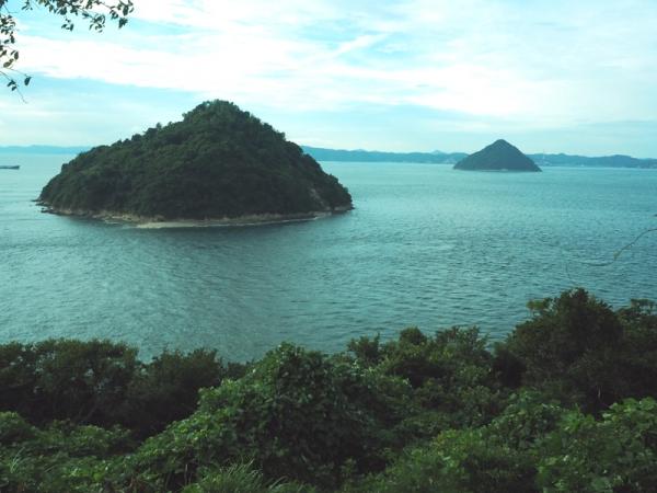 大槌島・小槌島