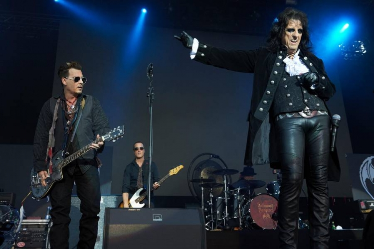 hollywood-vampires-gaester-faengslet (1)