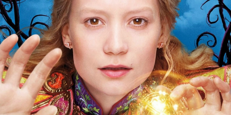 alice-through-looking-glass-trailers-mia-wasikowska.jpg