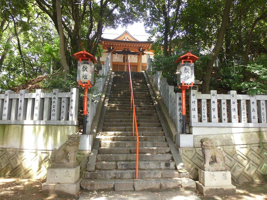 忍陵神社 -四條畷市岡山- すてま...