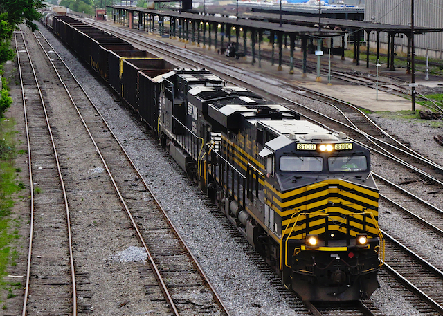 May1116 NorfolkSouthern8100NickelPlateRoad1