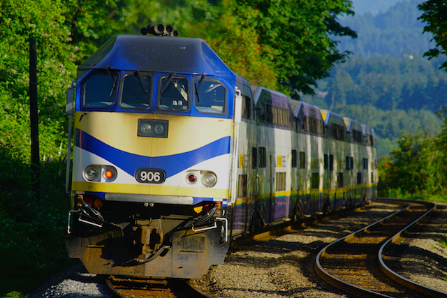 Jun0616 West Coast Express DL906-1