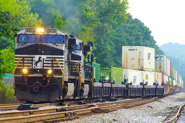 Aug2616 NS9870 Countainer Irondale1
