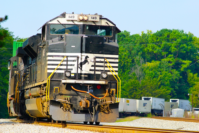 Aug2616 NS1149 Countainer Irondale4