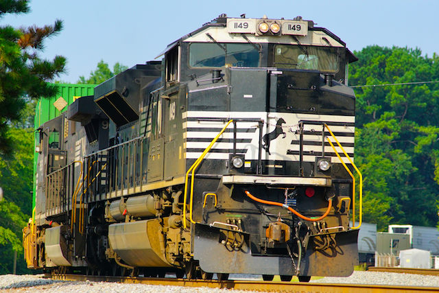 Aug2616 NS1149 Countainer Irondale3