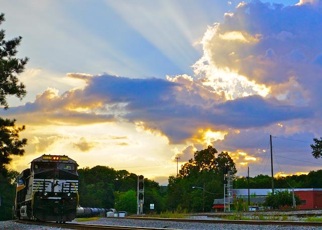 Sep1916 NS8027 Sunsetclowd-1