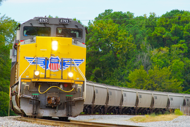 Oct0216 UP8793 SD70Ace