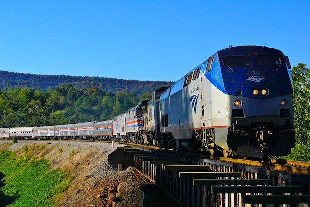 Oct616 AMTK Crescent20Exibit train1