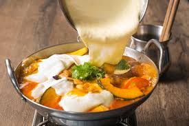 炙り大山鶏のトマトWチーズ鍋