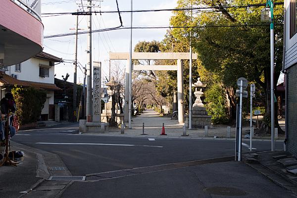 伊多波刀神社入り口