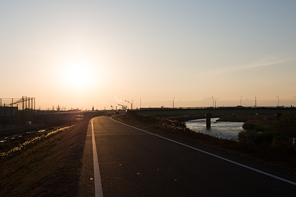 庄内川土手夕陽