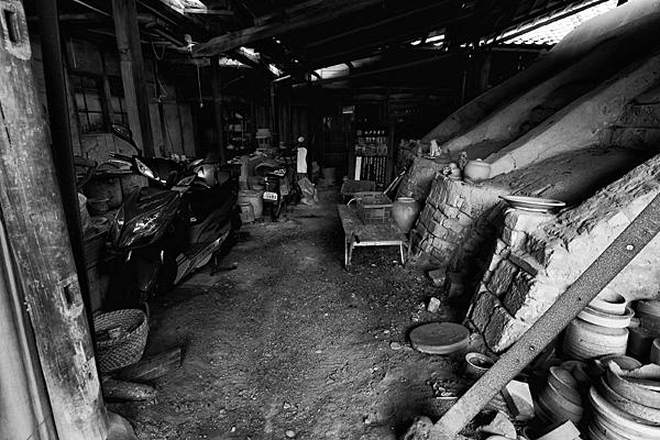 登り窯と作業場