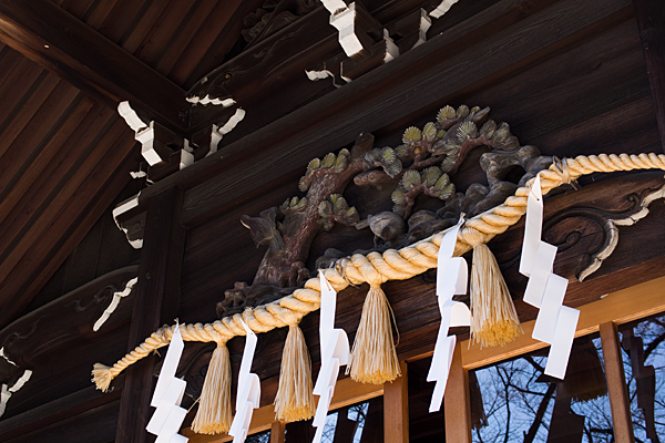 社殿の彫り物