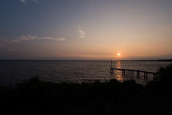 浜名湖に沈む夕陽