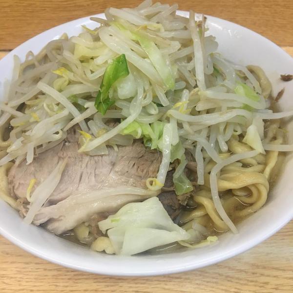 武蔵小杉最強伝説さん、糖尿病にも関わらずラーメン二郎に通い、今年すでに355杯の二郎を食べる