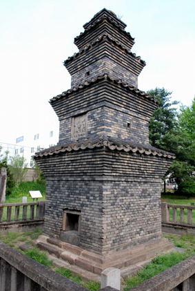 東部洞5層㙛塔