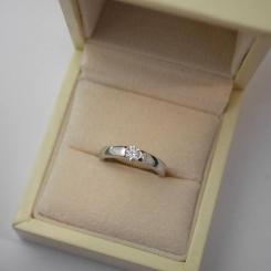 エンゲージリング ダイヤモンド オーダー