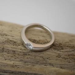 婚約指輪 プラチナ ダイヤモンド