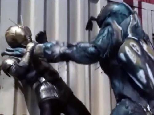 ヒーロー 仮面ライダーブラック やられ ピンチ い