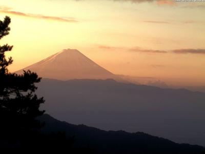 20181025 富士山方面のライブカメラ画像