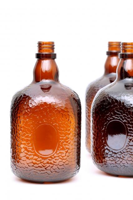ポケット洋酒ビンは誰の発明?-ギャングの大ボス「アル・カポネ」